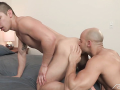 Zander and Sean fuck before going to gym